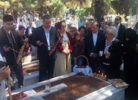 Κυριακή του Θωμά: το Ταφικό Έθιμο στα νεκροταφεία της Νέας Κρώμνης