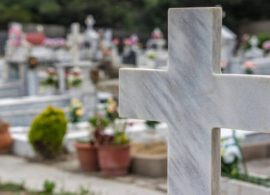 Ελευθερούπολη: Άνοιξαν τάφο και... έκλεψαν τον νεκρό - Έβαλαν άχυρα στο φέρετρο